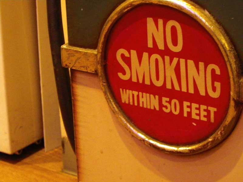 タバコはハゲを進行させるけど、禁煙するよりはいいらしい。